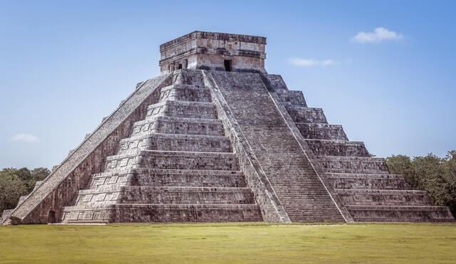 Temple Maya au Guatemala